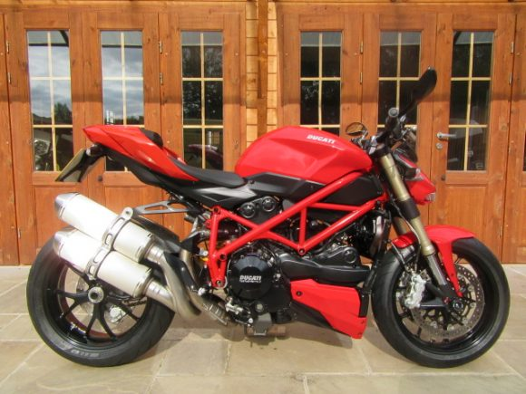 Ducati 848 Streetfighter – Only 2900 Miles, FDSH, GB Protection