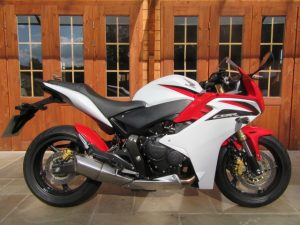 Honda CBR600 F ABS – Only 5700 Miles, FSH, Hugger