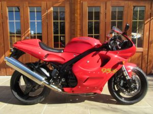 Triumph Daytona 955i – Only 5000 Miles, Stunning Collector Bike