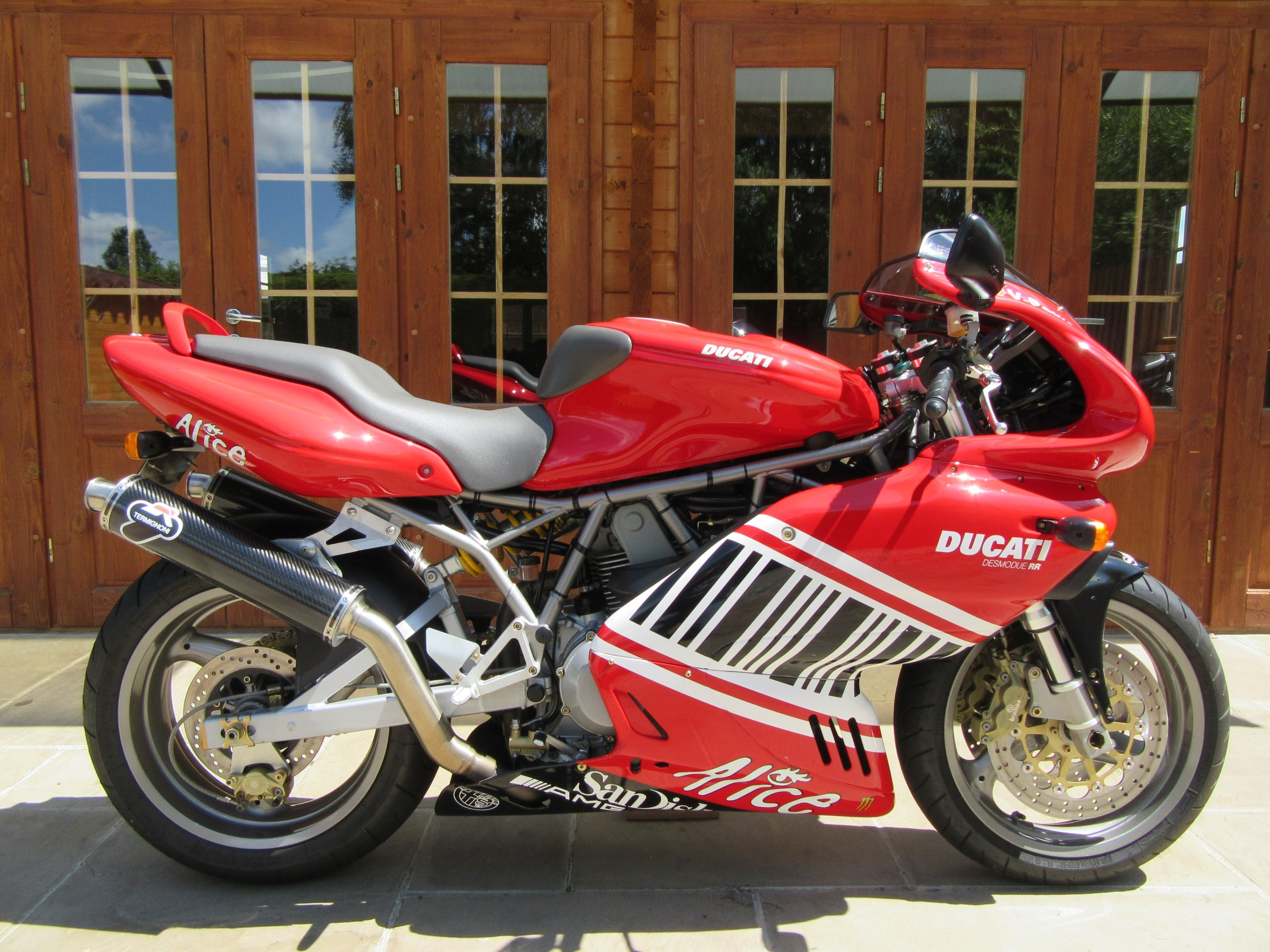 Ducati 900 SS Supersport – Only 6100 Miles, FSH, Termi's